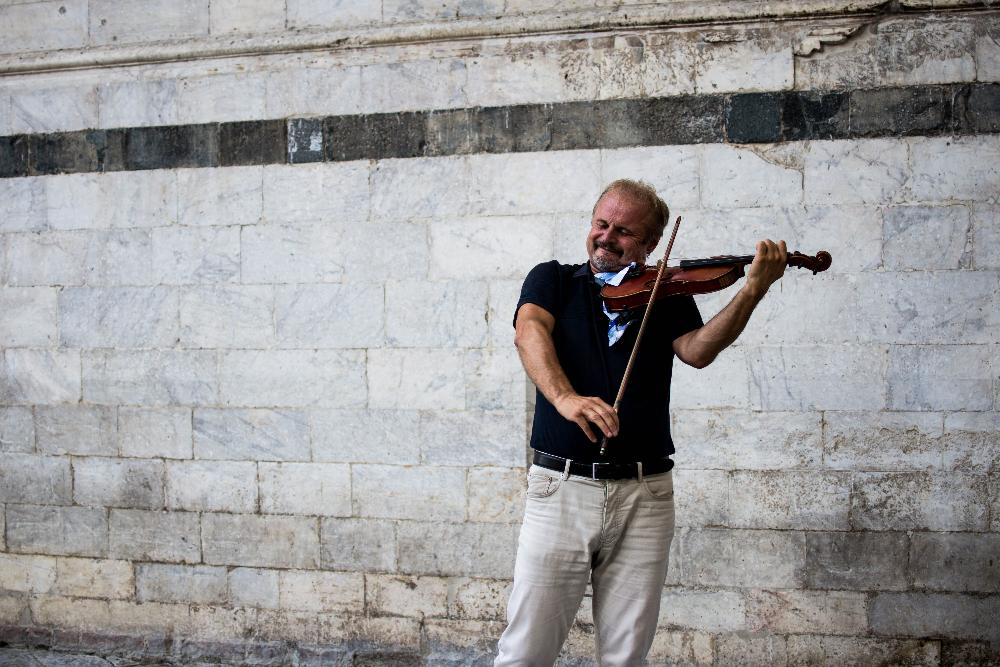 Photo Contest Image Man Playing Violin